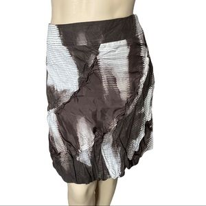 Summum Taupe and White Crinkled Skirt 40 (US Large